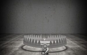 51657141 - 3d bear trap grunge background